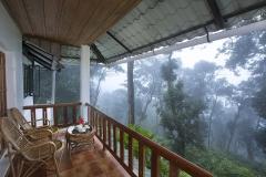 bracknell-resort-balcony-1