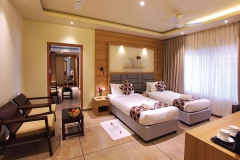 woodnote-hotel-bedroom